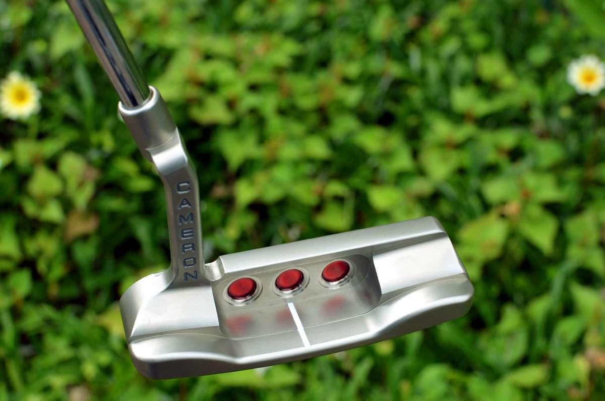2523 – Scotty Cameron Pro Platinum Mil Spec Newport