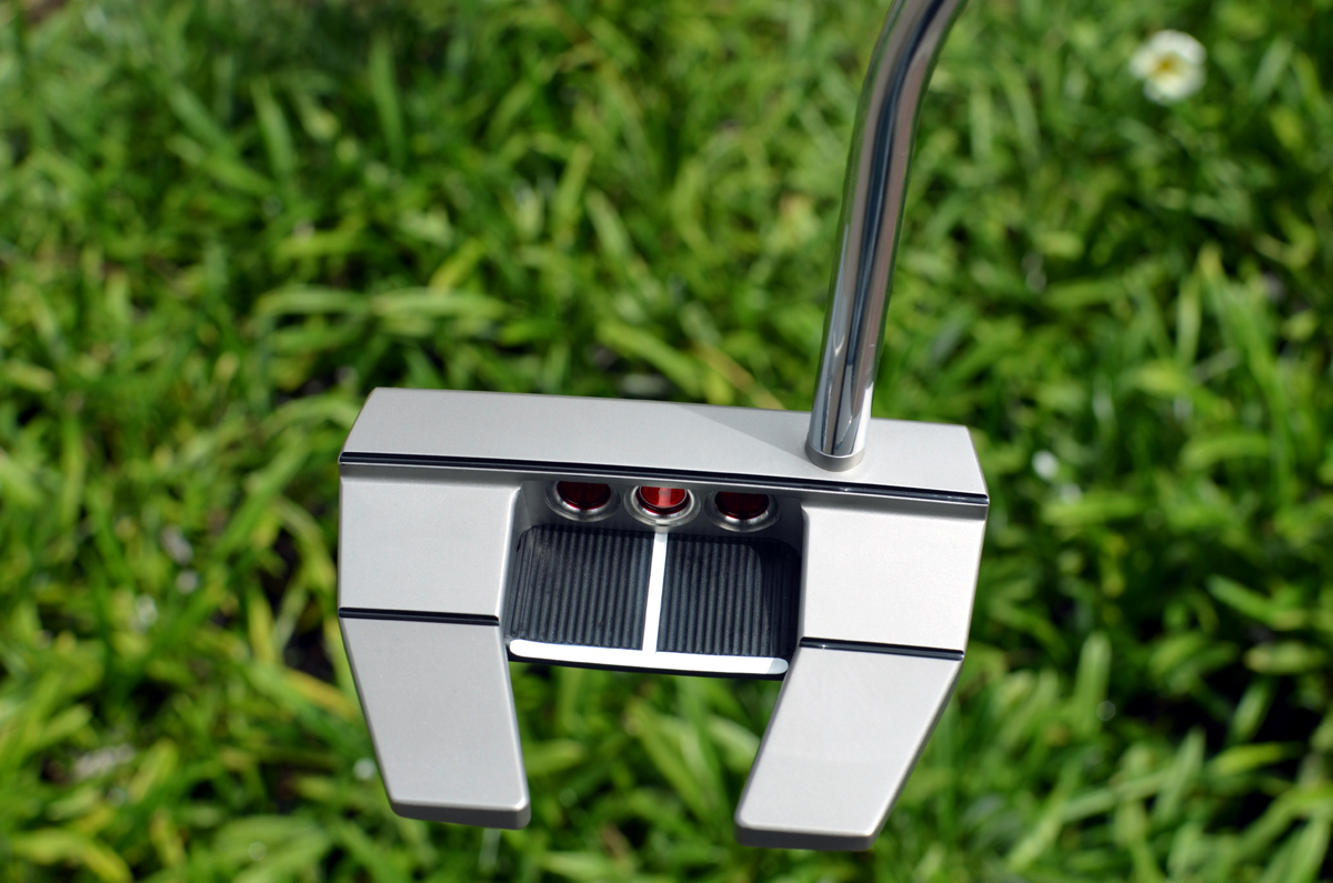 2555 – Scotty Cameron Futura X5