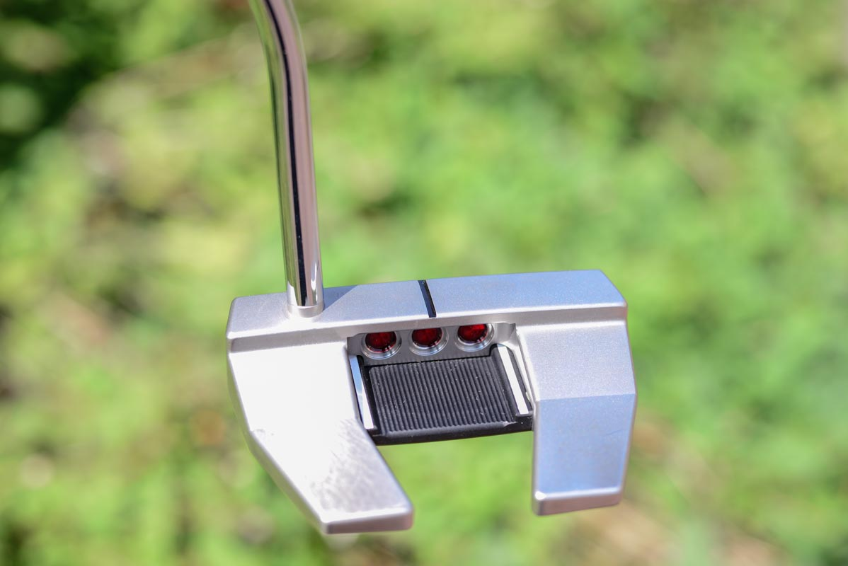 3665 – Scotty Cameron Futura 5W