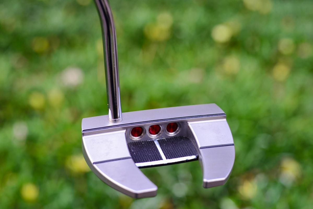 3795 – Scotty Cameron Futura X5R